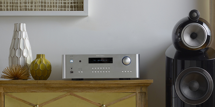 RA-1592 with Bowers & Wilkins 803 D3